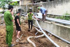 Thanh Hóa: Tiếp tục phát hiện doanh nghiệp chôn ống ngầm, xả thải ra sông Mã