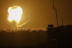 Israel không kích Dải Gaza, trả đũa vụ bị bắn rocket