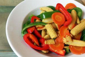Cách làm món rau củ xào thập cẩm tuyệt ngon và đầy màu sắc