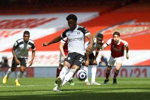 Kết quả Arsenal 1-1 Fulham: Pháo thủ vỡ òa với bàn thắng phút bù giờ thứ 7