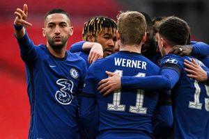 Man City tan mộng ăn 4 sau thất bại trước Chelsea