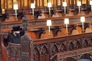 Nữ hoàng Anh lặng buồn trong tang lễ Hoàng thân Philip