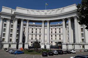 Căng thẳng leo thang, Nga - Ukraine trục xuất các nhà ngoại giao cấp cao của nhau