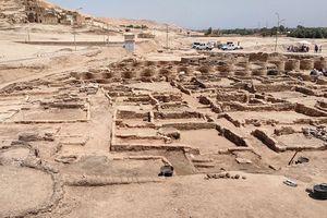 Ai Cập tìm thấy 'thành phố vàng' 3.000 năm tuổi