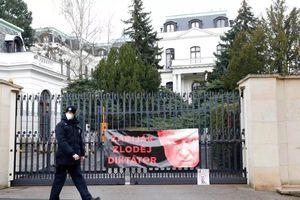 Séc xác nhận 20 nhân viên ngoại giao bị Nga trục xuất