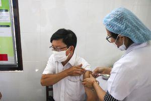 Thừa Thiên - Huế bắt đầu tiêm vaccine phòng COVID-19