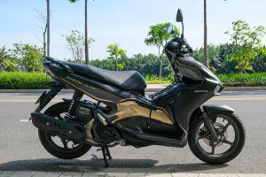Có 45 triệu đồng, nên mua Honda Air Blade 125 hay Yamaha FreeGo S?