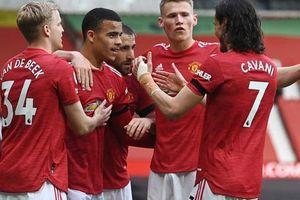 Vùi dập Burnley, Man United mơ soán ngôi Man City