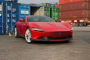 'Đập thùng' siêu xe Ferrari Roma đỏ rực, hơn 22 tỷ tại Việt Nam