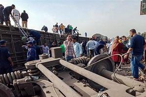Tai nạn đường sắt ở Ai Cập, hơn 100 người thương vong