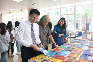 Trường Đại học Luật Hà Nội: Phát triển phong trào đọc sách trong sinh viên
