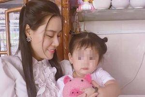 Linh Lan lần đầu nhắc thẳng tên, bức xúc với vợ đầu Vân Quang Long