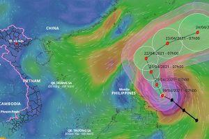 Tin mới nhất về siêu bão Surigae gần Biển Đông