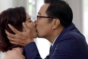 NSND Trọng Trinh bị vợ 'cấm' đóng phim sau cảnh táo bạo hôn bạn diễn nữ