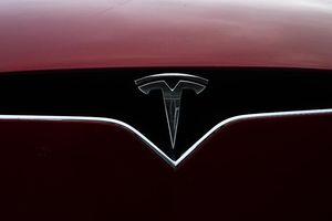 Xe tự lái của Tesla gây tai nạn khiến 2 người thiệt mạng