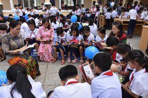 Gần 1.000 HS tham gia hưởng ứng Ngày Sách và Văn hóa đọc