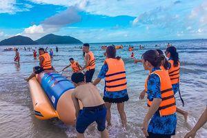 Quảng Ninh: Các điểm du lịch đón trên 36.600 lượt khách dịp cuối tuần