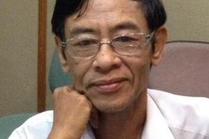 Nhà thơ Hoàng Nhuận Cầm cũng đành xa sông Thương tóc dài