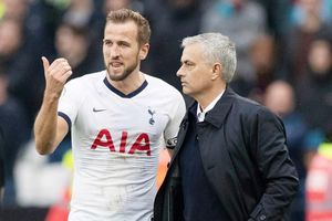 Cầu thủ Tottenham nổi dậy đá bay ghế Mourinho