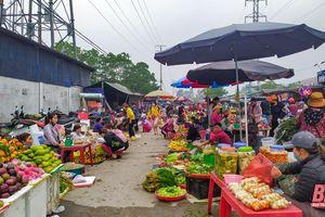 TP Thanh Hóa chỉ đạo khắc phục bất cập tại chợ cóc trong KCN Hoàng Long sau phản ánh của Báo Thanh Hóa