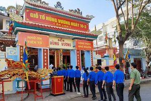Dâng hương tưởng nhớ các Vua Hùng tại Khánh Hòa