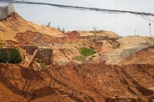 Lũ cát kinh hoàng ập xuống tuyến đường trọng điểm Khu Du lịch quốc gia Mũi Né
