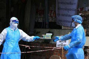 Dịch COVID-19 ở Campuchia chuyển biến tích cực, 1,2 triệu người được tiêm phòng