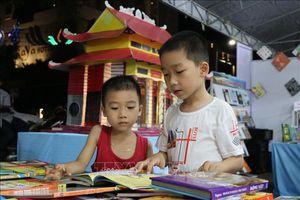 Sách và Giá trị của tuổi trẻ