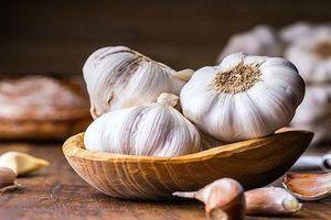 Tỏi chống cúm cực tốt nhưng có những người không nên ăn tỏi kẻo độc hại, thậm chí bệnh tình thêm nặng