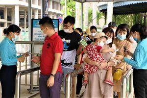 Quảng Ninh: Thu hút đông du khách dịp Giỗ Tổ