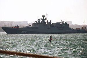 Nga điều 20 tàu chiến cùng các cường kích Su-25SM3 tập trận tại Biển Đen