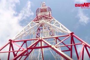Trạm phát sóng Đài Tiếng nói Việt Nam sừng sững trên đỉnh Chiêu Lầu Thi