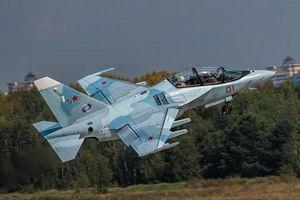 Hải quân Nga nhận hàng loạt Yak-130 để 'đón' siêu tàu sân bay tương lai?