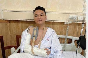 Khắc Việt đã được mổ đóng đinh, đang tạm dừng hoạt động