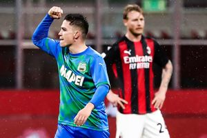 Tiền đạo sinh năm 2000 hạ Milan trong 8 phút