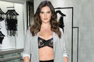 Người mẫu nội y ngoại cỡ đầu tiên của Victoria's Secret