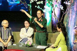 Dấu ấn của nhà thơ Hoàng Nhuận Cầm với sinh viên