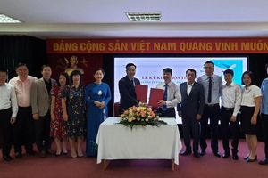 Học viện Phụ nữ Việt Nam hợp tác xây dựng chương trình đào tạo sát nhu cầu thực tế