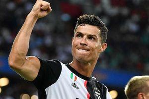 Cuộc đua Chiếc giày Vàng châu Âu: Ronaldo nỗ lực bám đuổi Lewandowski với khoảng cách 10 bàn thắng