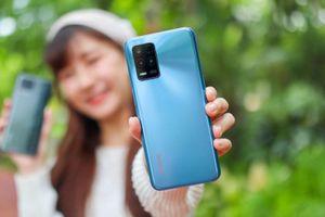 Trên tay Realme 8 5G vừa trình làng với giá 7,35 triệu đồng