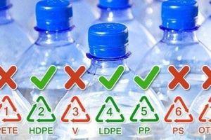 Nhìn vào chai nhựa 3 giây biết ngay loại có thể dùng lại, loại rất hại cần phải vứt ngay