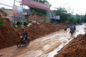 Vụ sạt lở gây ách tắc đường ven biển Mũi Né: Chủ đầu tư nói gì?