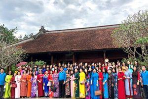 Gặp mặt nữ cán bộ công đoàn chủ chốt Ngành Giáo dục Việt Nam