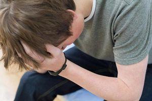 Dấu hiệu nhận biết suy giãn tĩnh mạch thừng tinh gây vô sinh ở nam giới