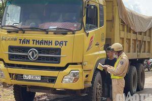 CSGT Đắk Lắk xử lý xe quá khổ, quá tải sau phản ánh của Báo Giao thông