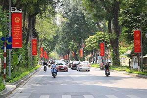 Chùm ảnh: Đường phố Hà Nội ngập tràn không khí của ngày hội toàn dân