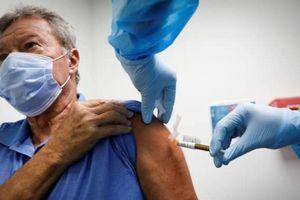 Mỹ trước 'cuộc chiến' thuyết phục người dân tiêm vaccine Covid-19