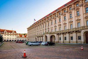 CH Czech yêu cầu Nga cắt giảm số lượng nhà ngoại giao để cân bằng hai bên