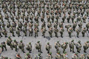 Nga bất ngờ ra lệnh rút quân khỏi biên giới Ukraine
