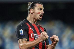 Ibrahimovic gia hạn hợp đồng với Milan